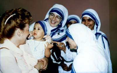 normal_MotherTeresa-Nuns-KDF-Liza (1)